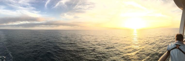 A gorgeous panoramic sunset